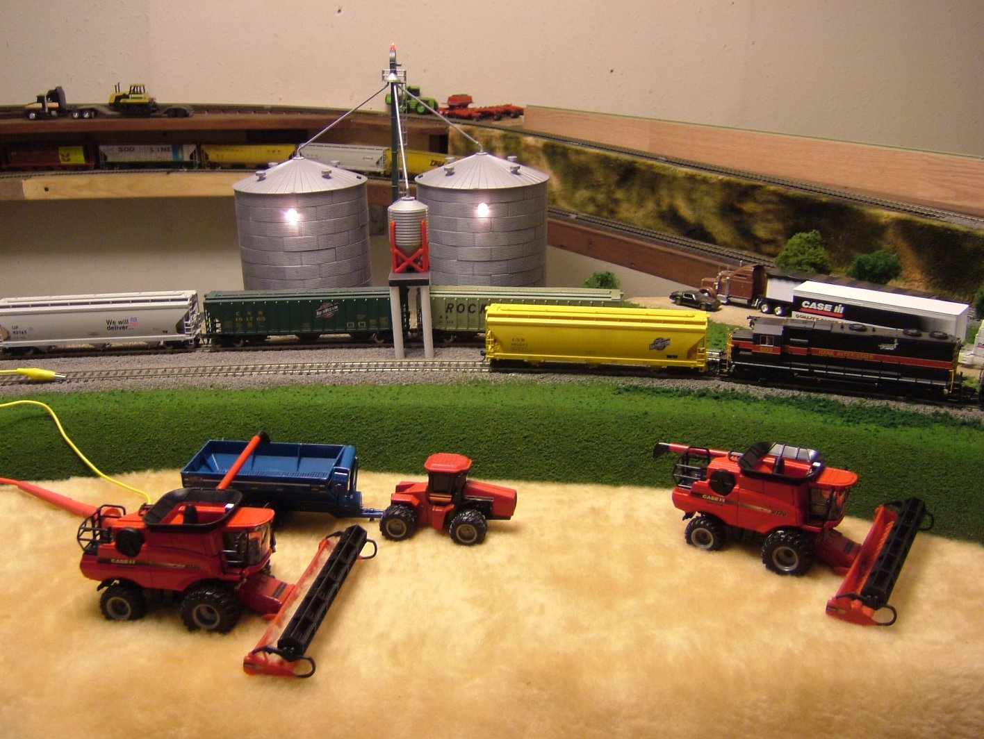 Viewing a thread small scale trains for 1 64 farm layouts