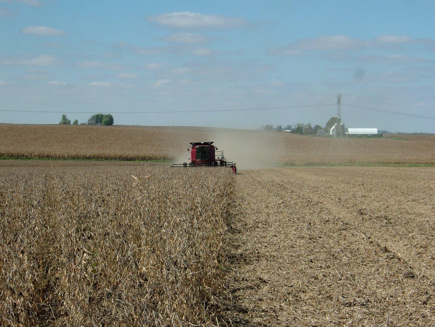Steering a combine via GPS